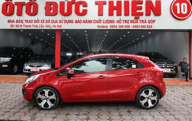 Cần bán xe Kia AT SX 2012, màu đỏ, nhập khẩu nguyên chiếc0