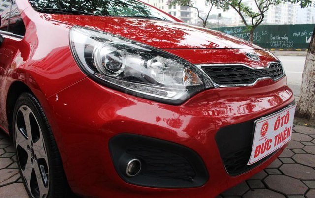 Cần bán xe Kia AT SX 2012, màu đỏ, nhập khẩu nguyên chiếc13