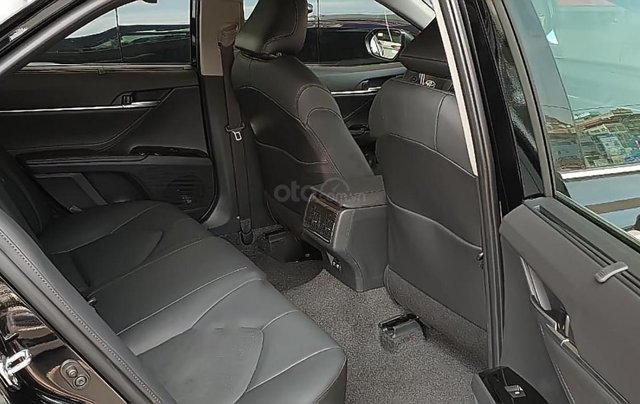 Bán Toyota Camry 2.5Q đời 2019, màu đen, nhập khẩu Thái Lan3