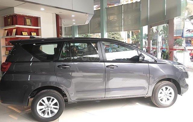 Bán ô tô Toyota Innova 2.0E năm sản xuất 2019, giá tốt1