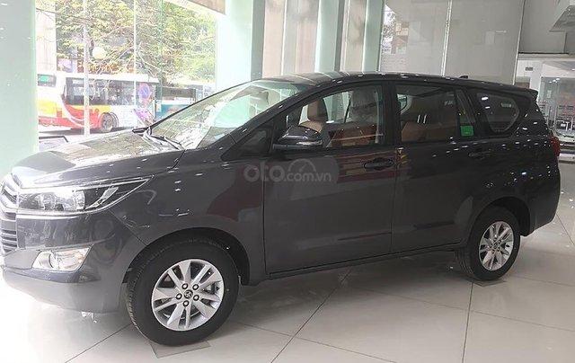 Bán ô tô Toyota Innova 2.0E năm sản xuất 2019, giá tốt0