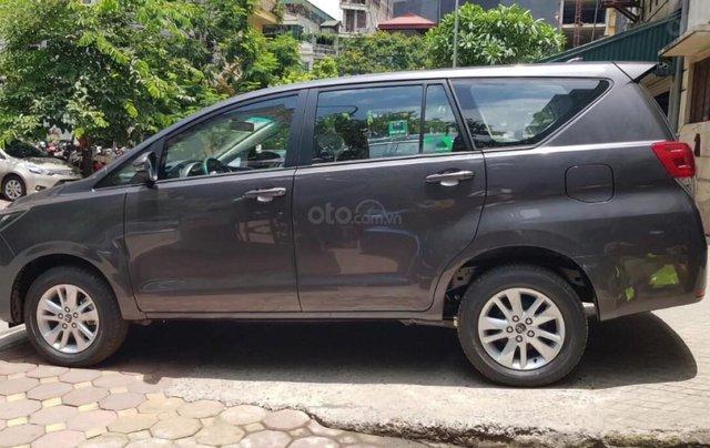Bán ô tô Toyota Innova 2.0E năm sản xuất 2019, giá tốt3