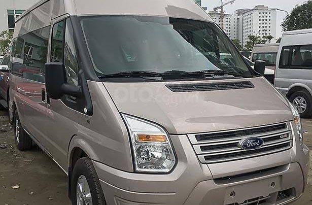 Cần bán xe Ford Transit SVP 2019, màu bạc giá cạnh tranh2