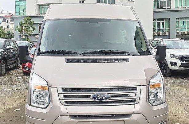 Cần bán xe Ford Transit SVP 2019, màu bạc giá cạnh tranh1
