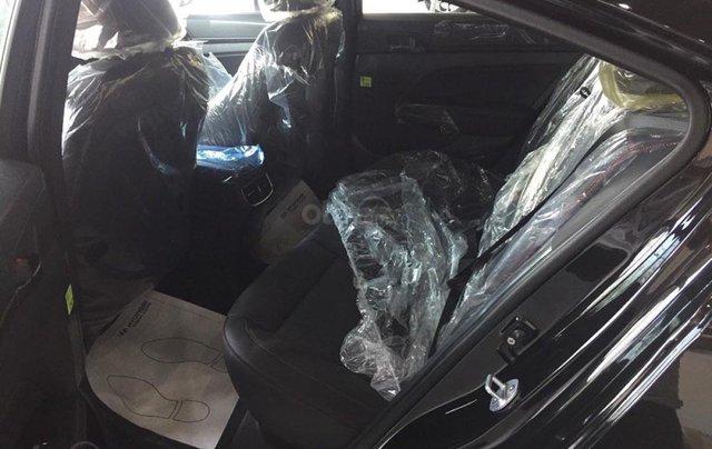 Hyundai Vinh cần bán xe Hyundai Elantra Sport 1.6 AT sản xuất 2019, màu đen3