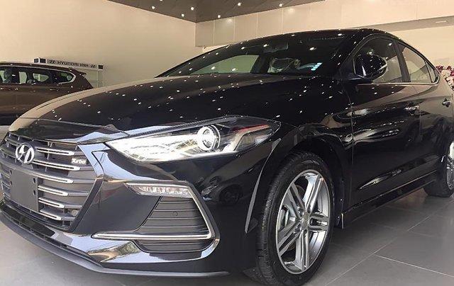 Hyundai Vinh cần bán xe Hyundai Elantra Sport 1.6 AT sản xuất 2019, màu đen2