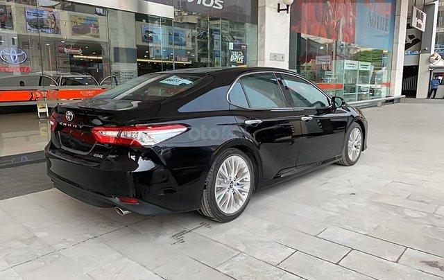 Cần bán Toyota Camry năm sản xuất 2019, nhập khẩu nguyên chiếc, hoàn toàn mới0