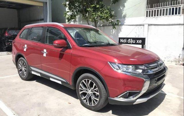 Bán xe Mitsubishi Outlander sản xuất năm 2019, màu đỏ, 807.5 triệu3