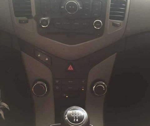 Cần bán gấp Chevrolet Cruze LS 2014, màu đỏ chính chủ4