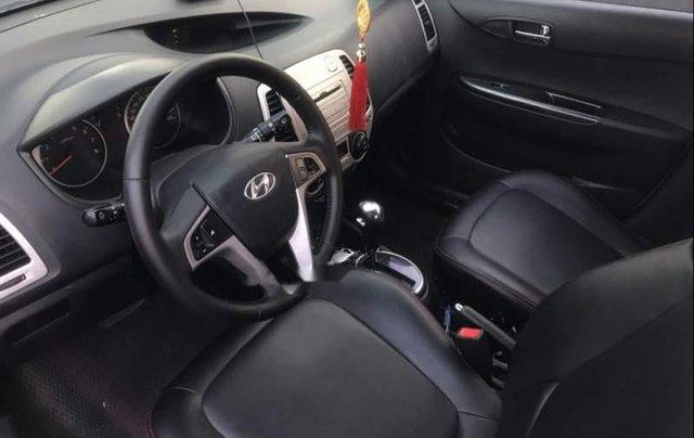 Cần bán lại xe Hyundai i20 sản xuất 2011, màu bạc, nhập khẩu nguyên chiếc như mới, giá tốt3