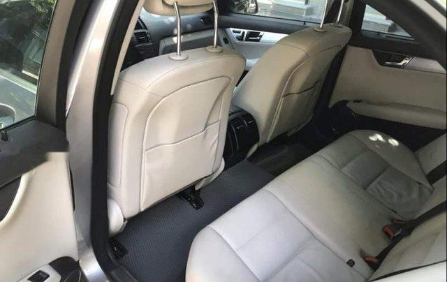 Bán Mercedes C300 sản xuất năm 2010, màu xám5