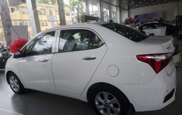 Cần bán Hyundai Grand i10 2019, màu trắng1