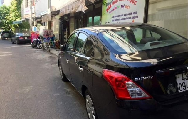 Cần bán lại xe Nissan Sunny đời 2013, màu đen, giá chỉ 250 triệu1