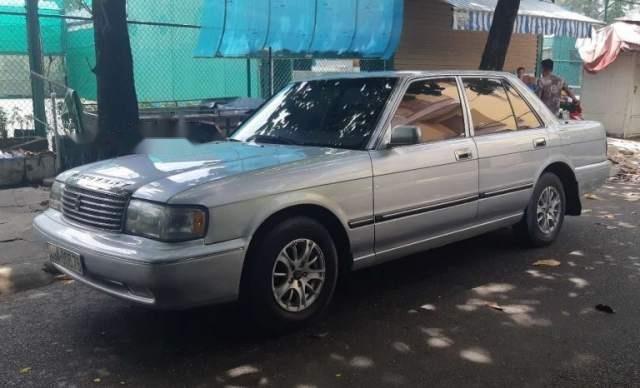 Bán Toyota Crown đời 1991, màu bạc, xe nhập4