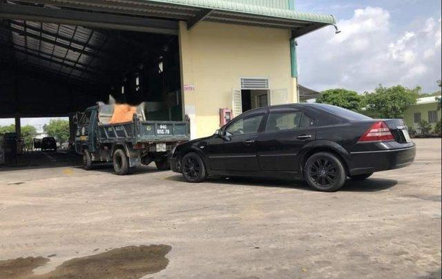 Bán xe Ford Mondeo 2005, màu đen, nhập khẩu xe gia đình, giá chỉ 250 triệu