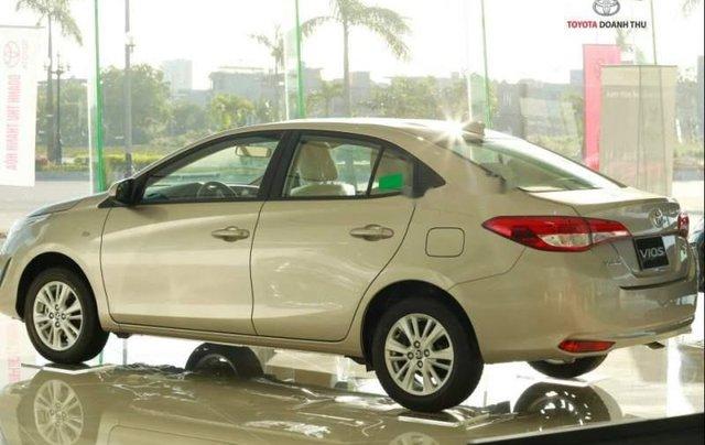 Cần bán xe Toyota Vios đời 2019, giá tốt4