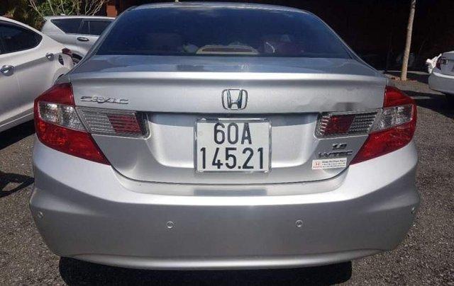 Chính chủ bán Honda Civic năm 2014, màu bạc4