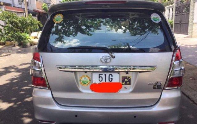 Cần bán lại xe Toyota Innova năm sản xuất 2012, màu bạc giá cạnh tranh1