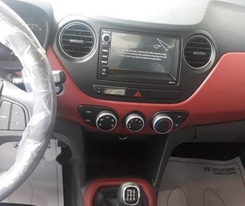Cần bán xe Hyundai Grand i10 AT đời 2019, màu trắng, giá chỉ 405 triệu5