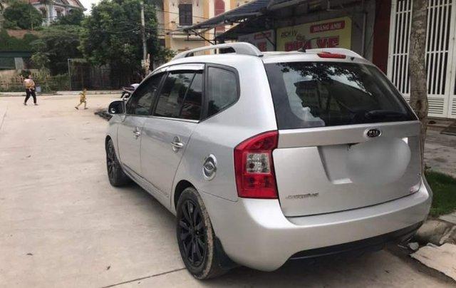 Cần bán xe Kia Carens năm 2013, màu bạc, giá chỉ 365 triệu1