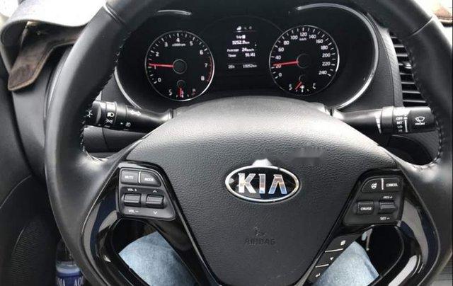 Bán Kia Cerato năm sản xuất 2018, màu trắng, giá tốt5