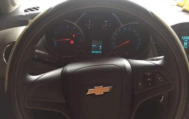 Cần bán gấp Chevrolet Cruze LS 2014, màu đỏ chính chủ3