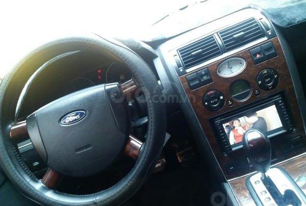 Gia đình cần bán Ford Mondeo 2005 AT full option, màu xám5