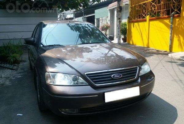 Gia đình cần bán Ford Mondeo 2005 AT full option, màu xám3