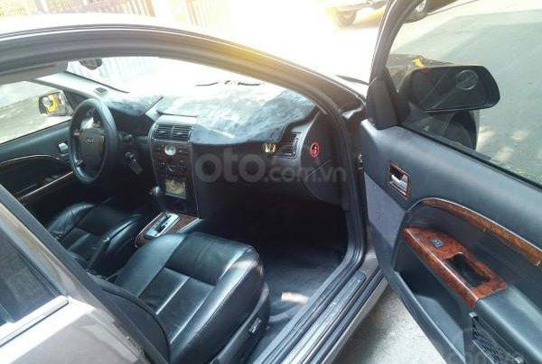 Gia đình cần bán Ford Mondeo 2005 AT full option, màu xám10