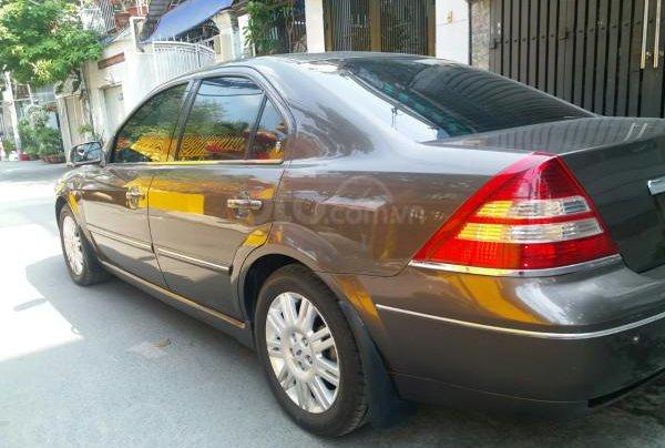 Gia đình cần bán Ford Mondeo 2005 AT full option, màu xám7