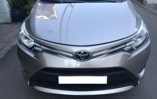 Cần bán Toyota Vios E 2017 số sàn, màu nâu vàng, biển số TP5