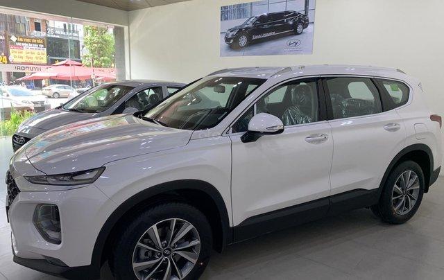 Bán xe Hyundai Santa Fe đời 2019, hỗ trợ mua trả góp lên tới 85% giá trị xe, có xe giao ngay. LH ngay 086.24.42.6881