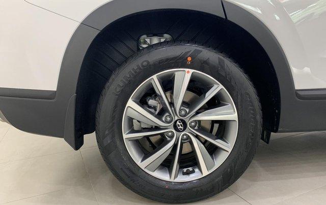 Bán xe Hyundai Santa Fe đời 2019, hỗ trợ mua trả góp lên tới 85% giá trị xe, có xe giao ngay. LH ngay 086.24.42.6886
