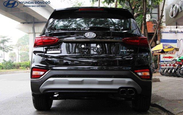 Hyundai SantaFe dầu đặc biệt đen 2019. LH: 09765439582