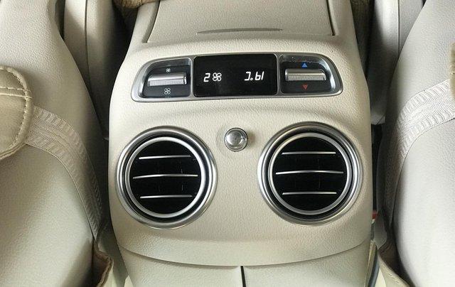 Cần bán Mercedes E250 sản xuất 2018, màu đen Hà Nội9