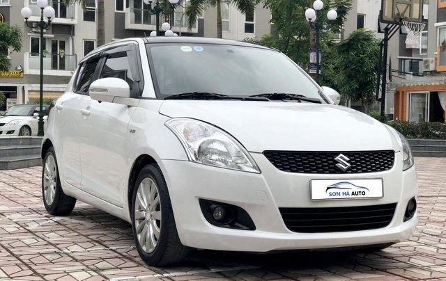 Bán ô tô Suzuki Swift 1.4AT 2014, màu trắng - Nội thất như mới0