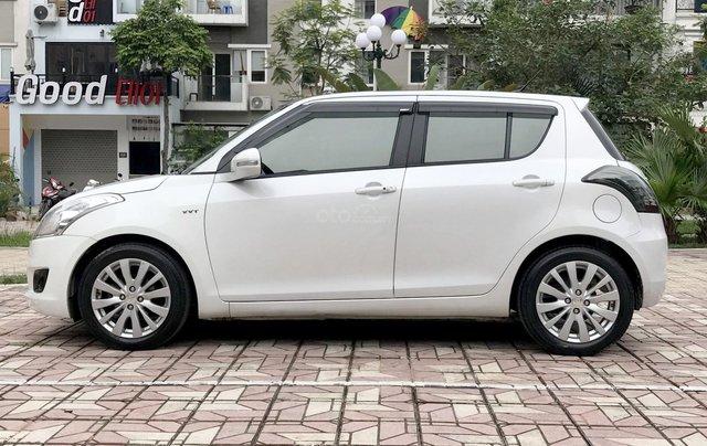 Bán ô tô Suzuki Swift 1.4AT 2014, màu trắng - Nội thất như mới2