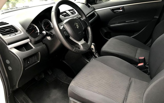 Bán ô tô Suzuki Swift 1.4AT 2014, màu trắng - Nội thất như mới6