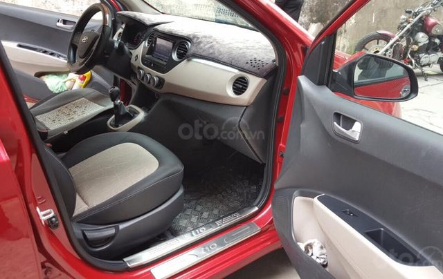 Cần bán xe Hyundai i10 SX 2016, số sàn, bảng 1.0 mâm đúc3