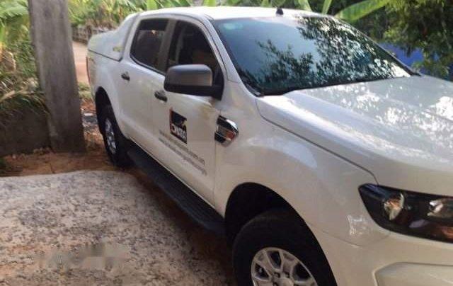 Cần bán Ford Ranger XLS đời 2016, màu trắng, 510tr1