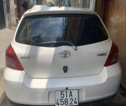 Bán xe Toyota Yaris năm 2006, màu trắng, xe nhập còn mới1