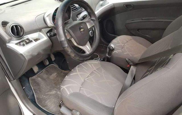 Bán Chevrolet Spark năm 2015, màu bạc xe gia đình2
