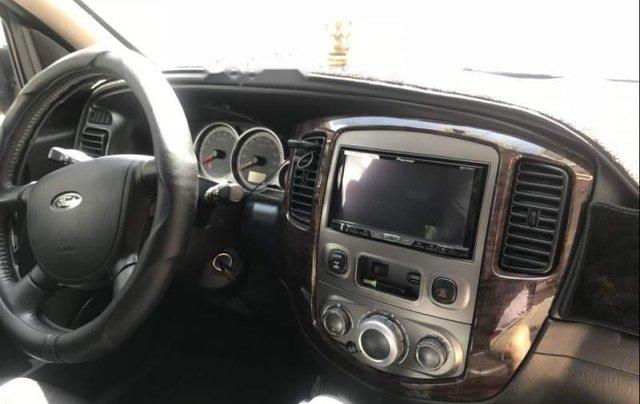 Cần bán Ford Escape sản xuất 2010, màu đen như mới3