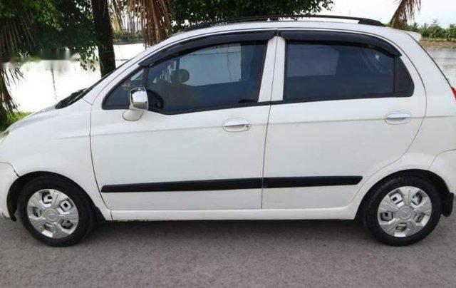 Cần bán gấp Chevrolet Spark năm 2009, màu trắng0