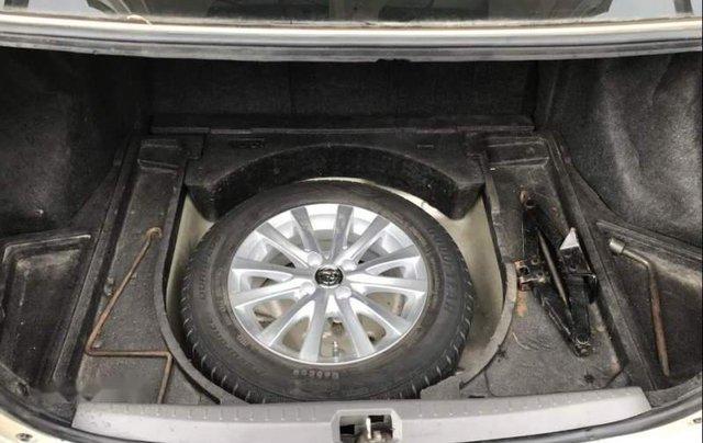Bán Toyota Vios năm 2012 xe gia đình, giá chỉ 320 triệu5