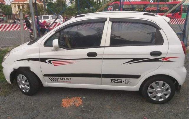 Bán ô tô Chevrolet Spark năm 2009, màu trắng còn mới0