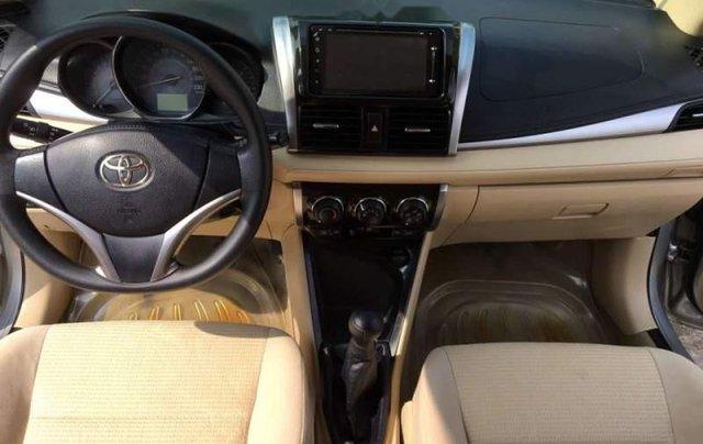 Bán Toyota Vios E năm 2016, màu bạc số sàn4