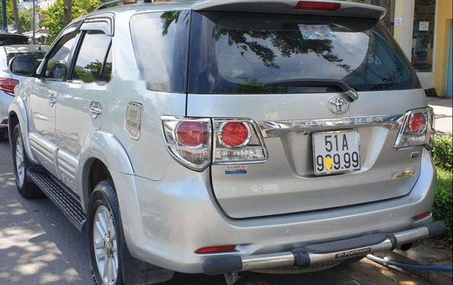 Bán xe Toyota Fortuner 2013, màu bạc chính chủ0