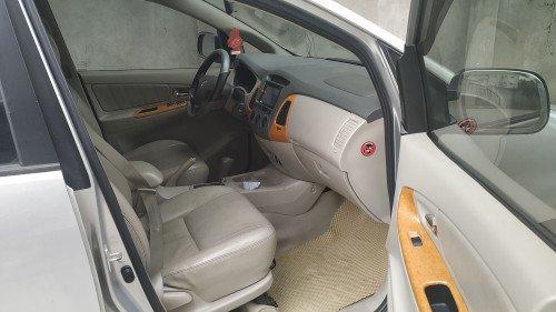 Bán Toyota Innova 2.0 AT sản xuất năm 2008 xe gia đình6