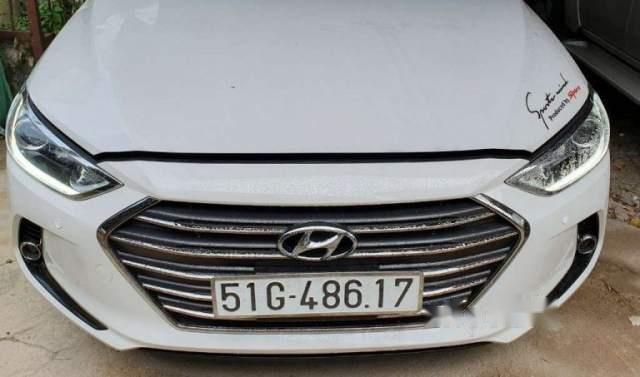 Bán Hyundai Elantra Sport 2017, màu trắng, nhập khẩu 2